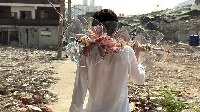 임민욱--포터블-키퍼--2009--HD-싱글채널비디오,-사운드--12분-53초